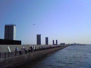 若洲海浜公園海釣り堤防