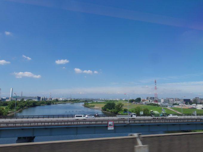 荒川を越え真夏の東北へ