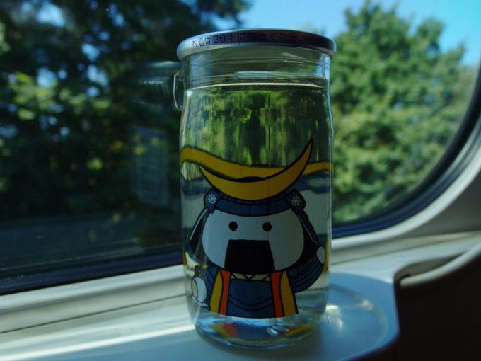 夏のはやぶさ車窓とむすび丸ワンカップ