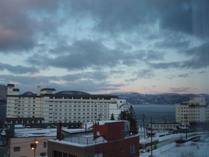洞爺山水ホテル和風客室からの洞爺湖