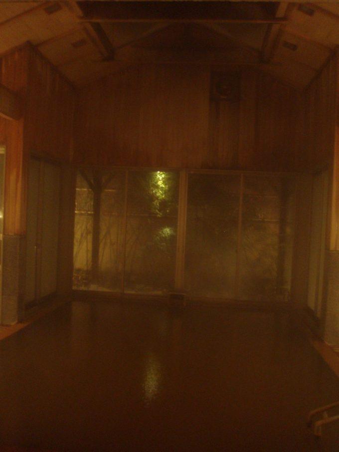 洞爺山水ホテル和風夜の大浴場