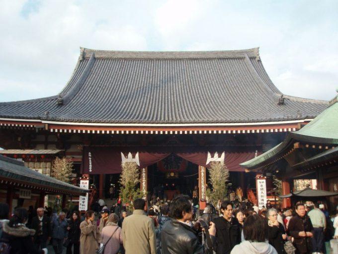 浅草寺で初詣