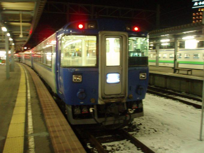 函館駅キハ183北斗