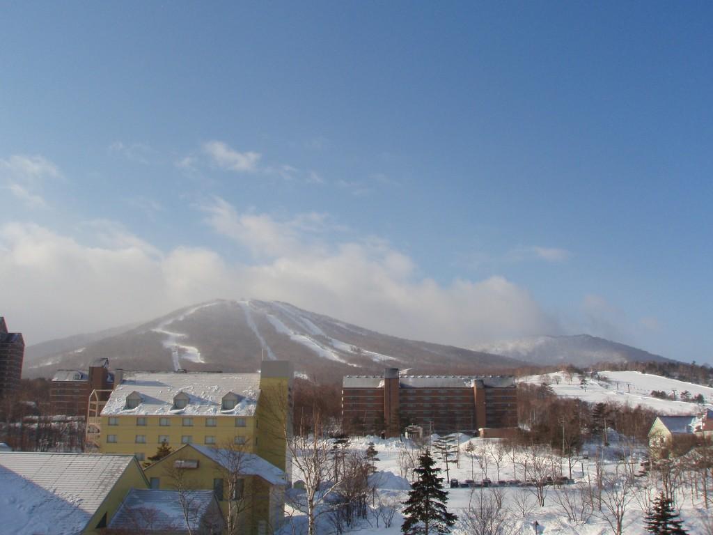冬晴れの前森山