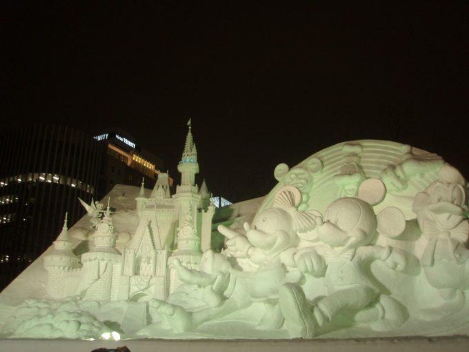 さっぽろ雪まつり大通会場TDL25周年雪像