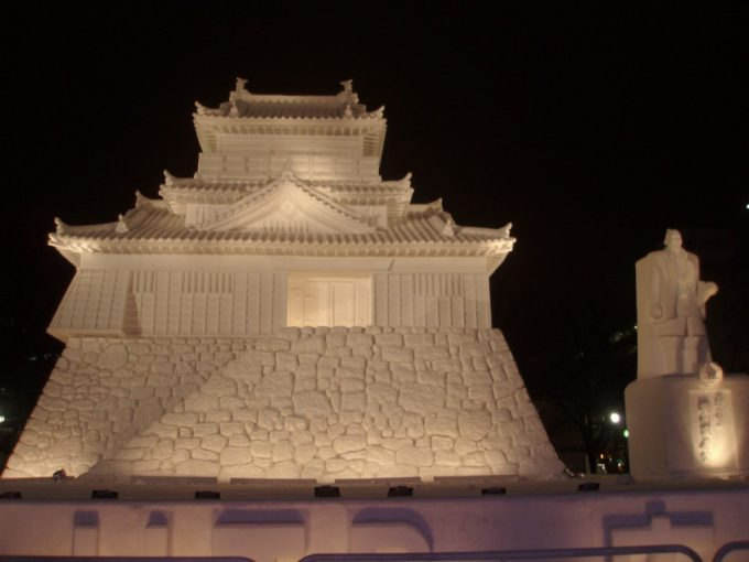 さっぽろ雪まつり大通会場浜松城雪像