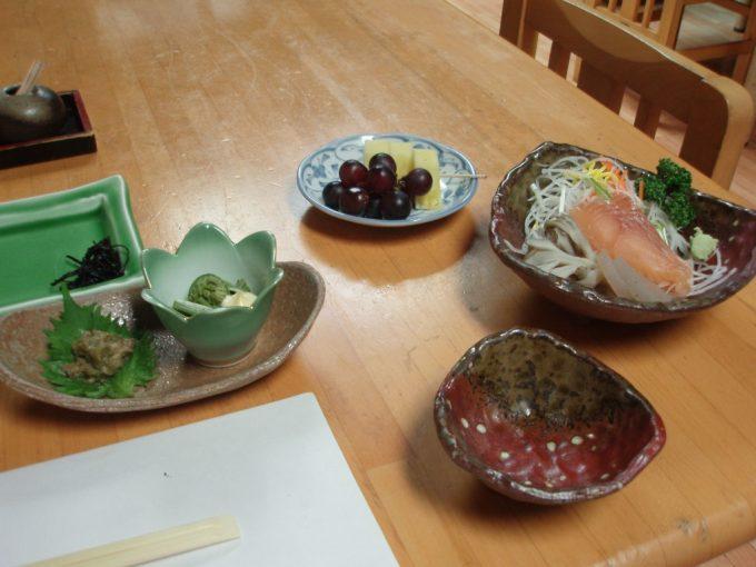 栃尾又温泉自在館夕食2
