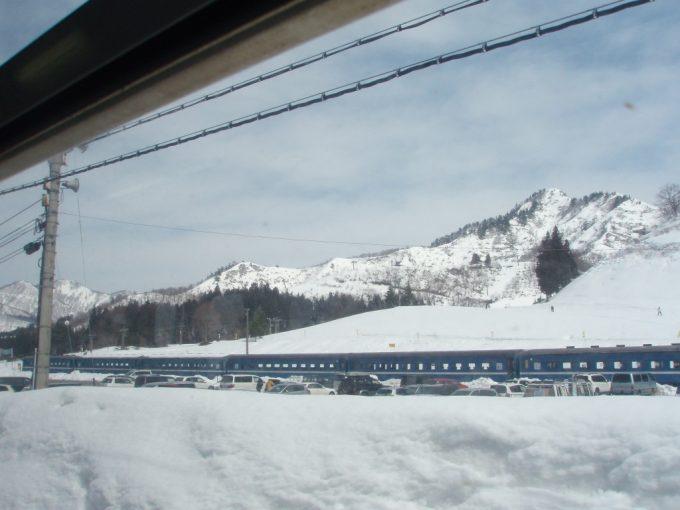越後中里スキー場旧型客車