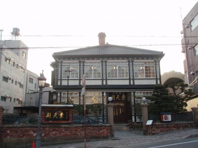 神戸の木造中華料理店