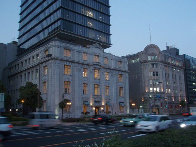 神戸の新旧ビルディング