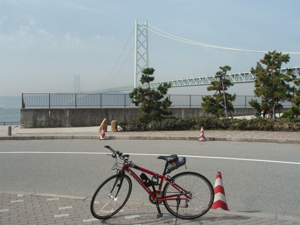 明石海峡大橋と愛車