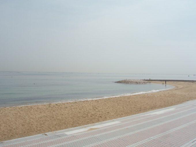 東浦の砂浜