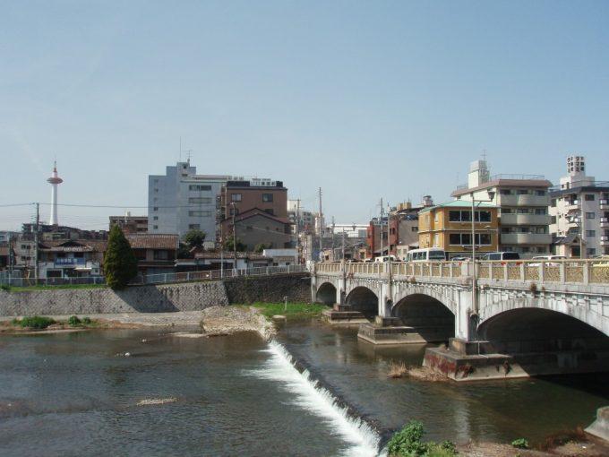 鴨川と京都タワー