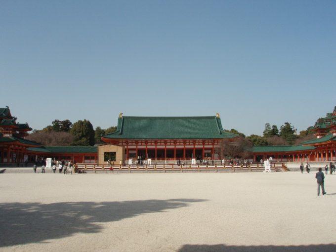 広大な平安神宮