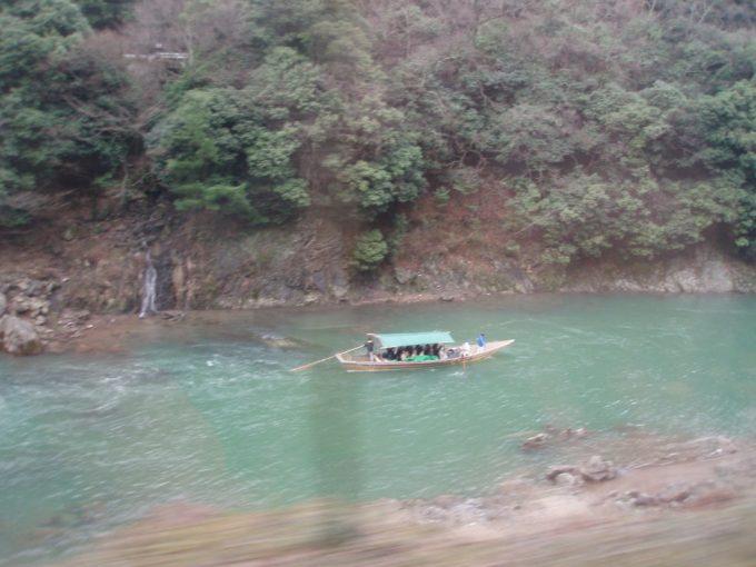 嵐山トロッコからの保津峡下り