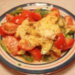トマトとアスパラの卵炒め・オクラとえのきのしらす和え