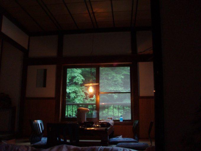 ランプの宿湯栄館