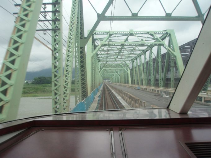珍しい鉄道併用橋旧村山橋
