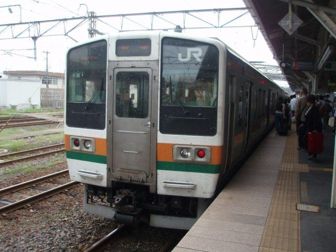 東北本線211系