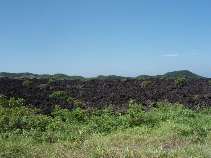 三原山溶岩流