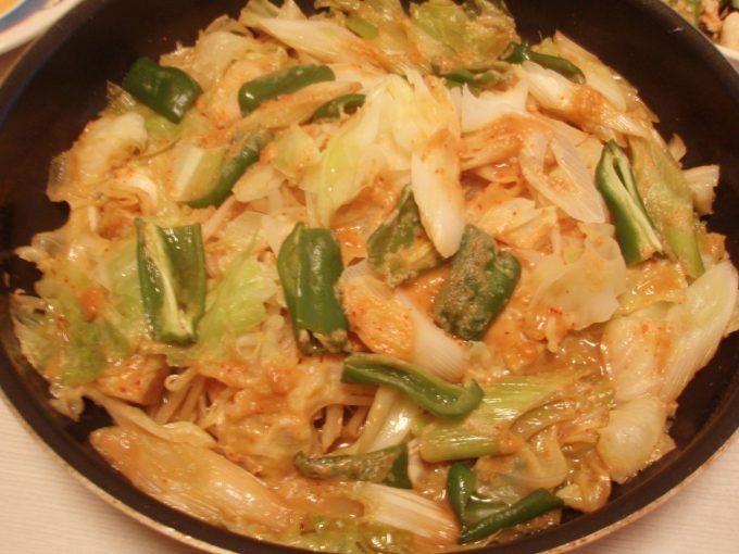 秋鮭のピリ辛ちゃんちゃん焼き