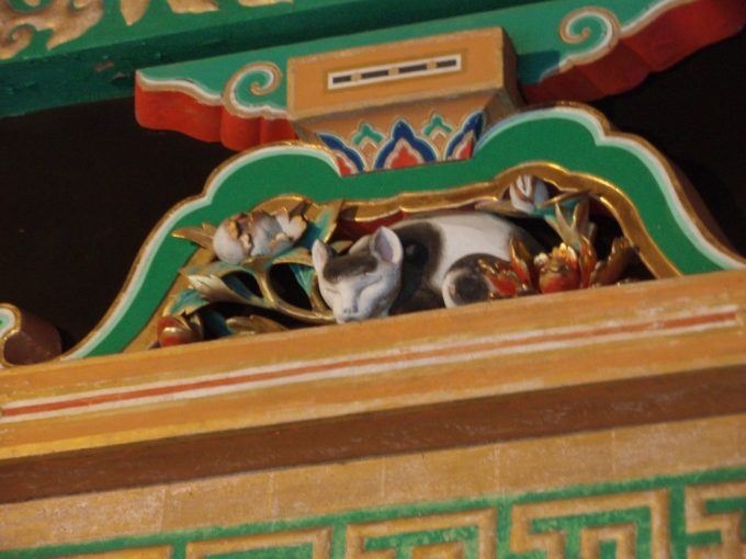 日光東照宮ねむり猫
