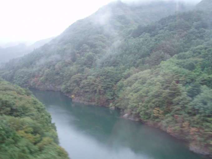 川治の渓谷