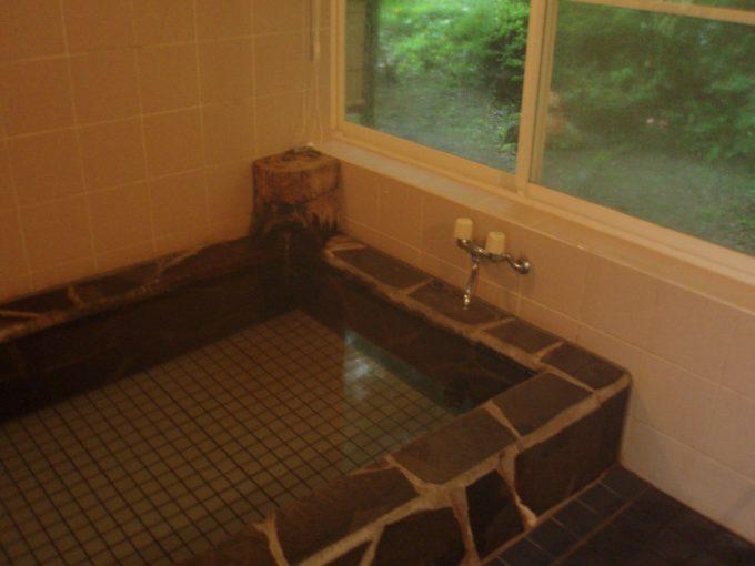 太郎温泉山宿観峰浴室