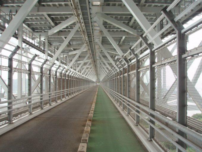 因島大橋歩行者・自転車レーン