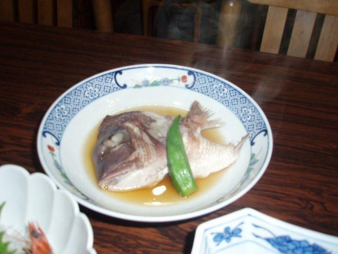 サラサヤ旅館鯛のかぶと煮