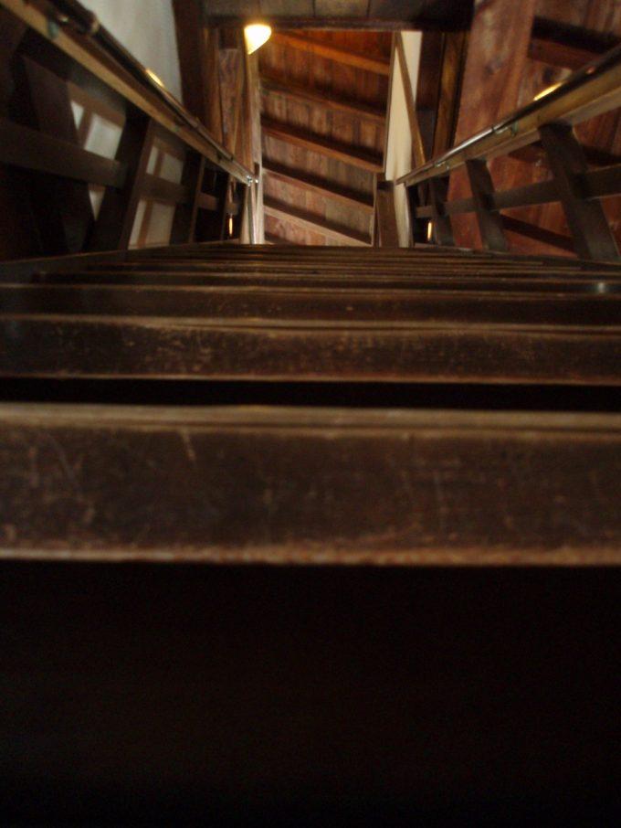松山城内急階段