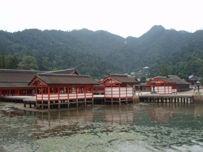 海中の厳島神社