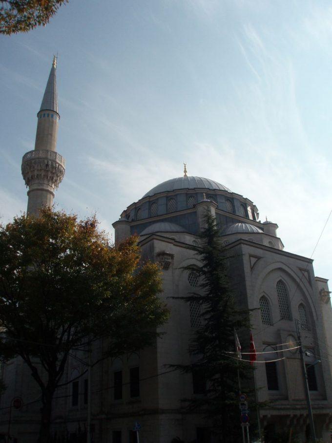 代々木上原のモスク東京ジャーミー
