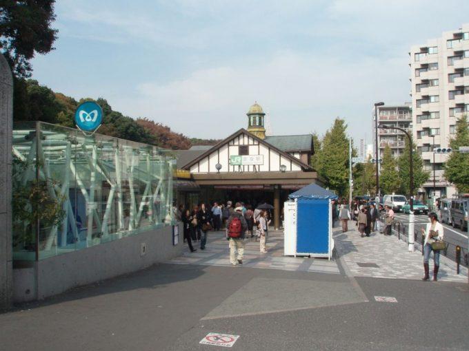 味わい深い原宿駅