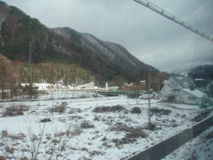 初冬の雪化粧