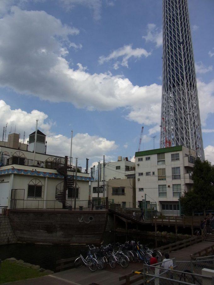 建設途中の東京スカイツリー