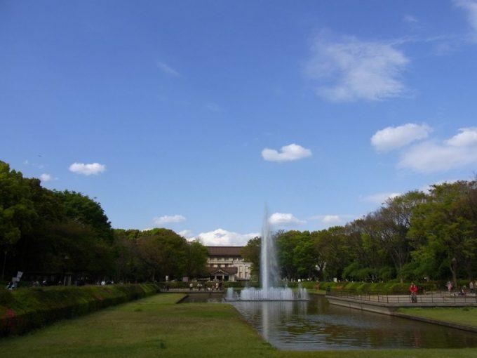 噴水と東京国立博物館