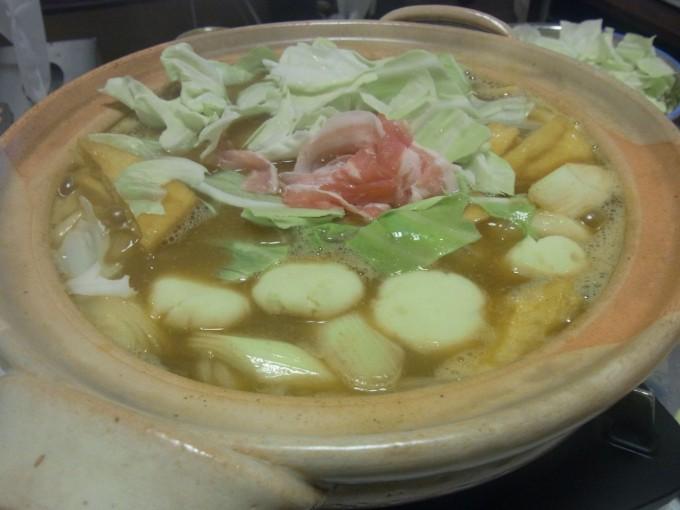 いももち入り味噌カレー鍋