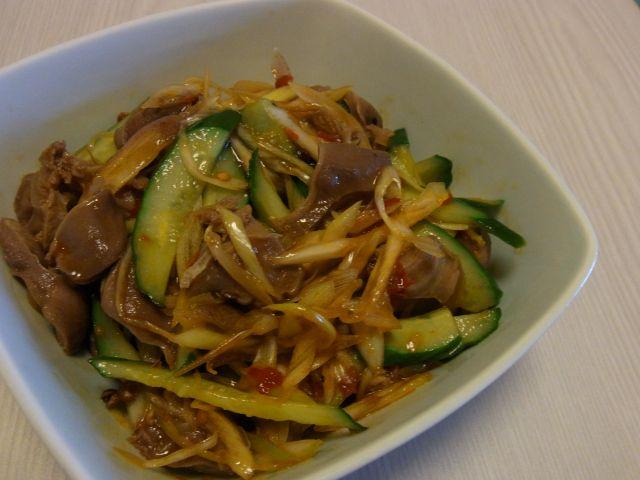 砂肝ときゅうりの香味冷菜
