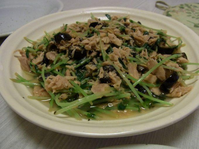 豆苗のマリネ風サラダ