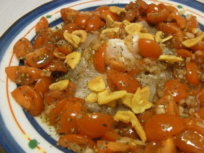 ひらめのカルパッチョトマトのバルサミコマリネのせ