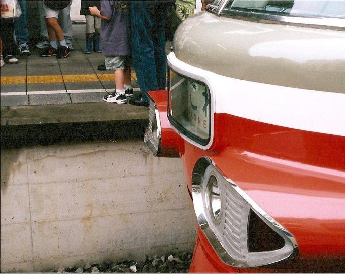 フィルムカメラ小田急ロマンスカーNSE3100形特徴ある前照灯