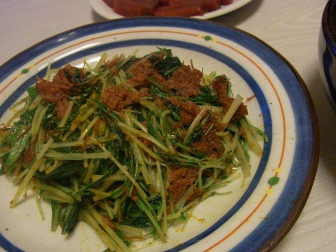 水菜とコンビーフのカレー炒め
