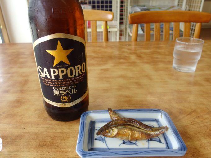 十和田湖根岸屋奥入瀬渓流散策ご褒美の瓶ビールとワカサギ甘露煮
