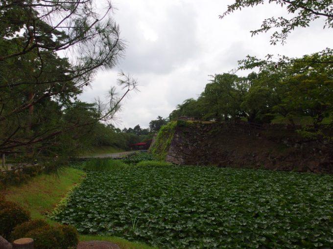 弘前城お堀と石垣、下乗橋