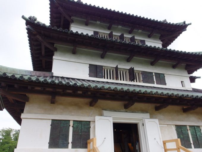 現存12天守弘前城