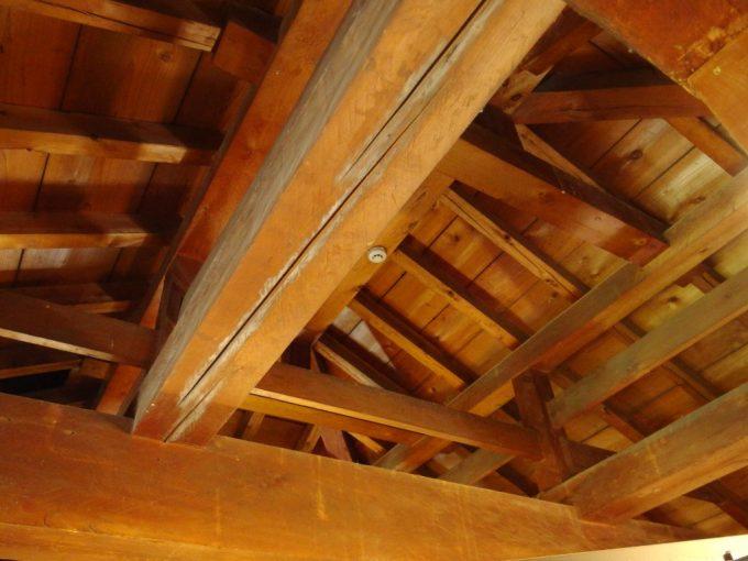 弘前城天守内部の木組み