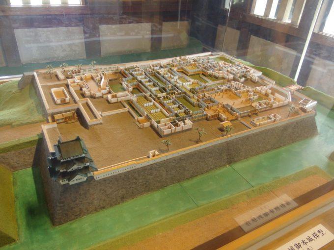弘前城本丸御殿模型