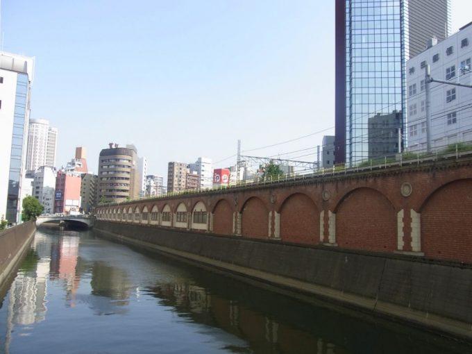 旧甲武鉄道ターミナル万世橋駅レンガ高架