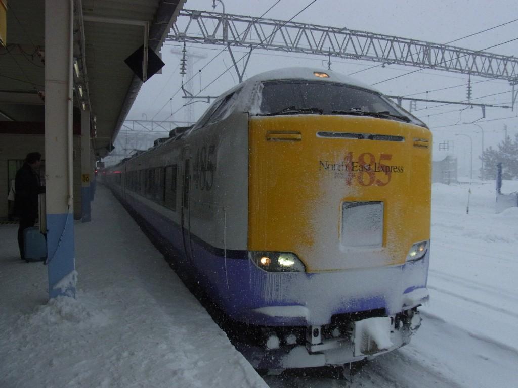 国鉄型485系津軽海峡線特急白鳥